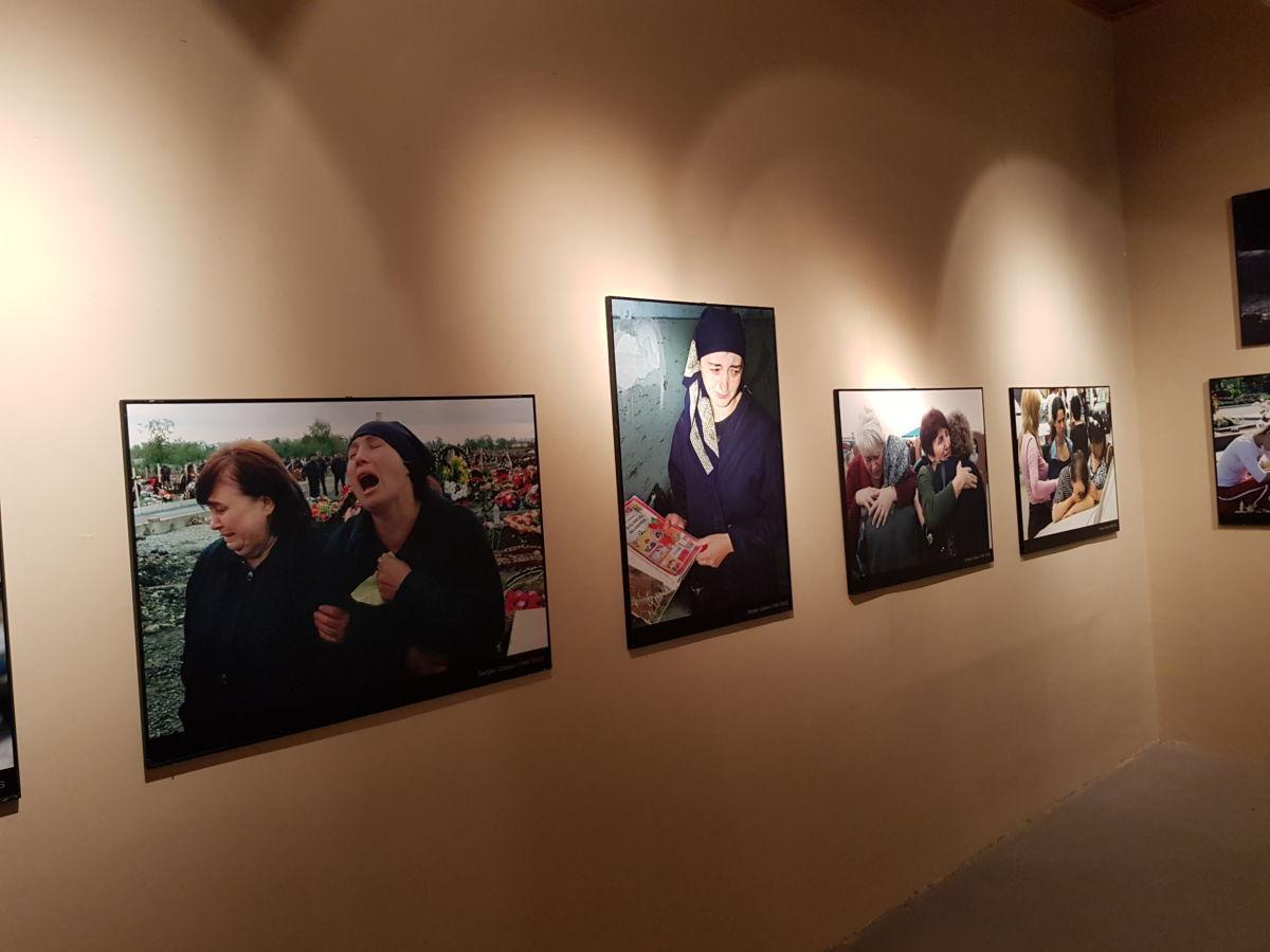 В течение суток в Нальчике проходила фотовыставка «Помнить, чтобы жить»