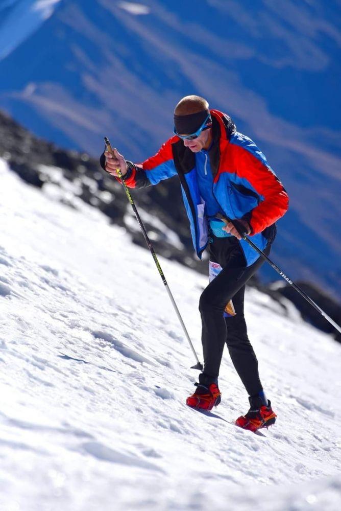 Более ста альпинистов планируют завтра в Осетии поставить рекорд по скорости восхождения на Казбек