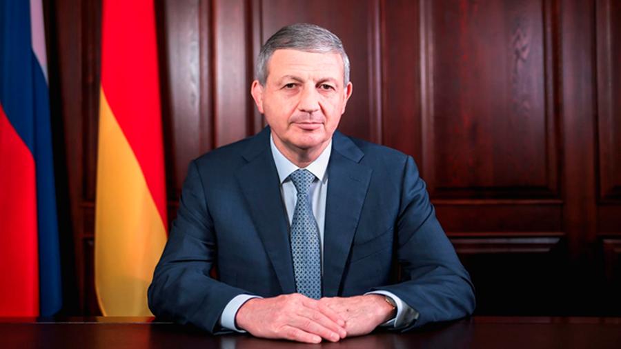 Поздравление Вячеслава Битарова  с международным днем защиты детей