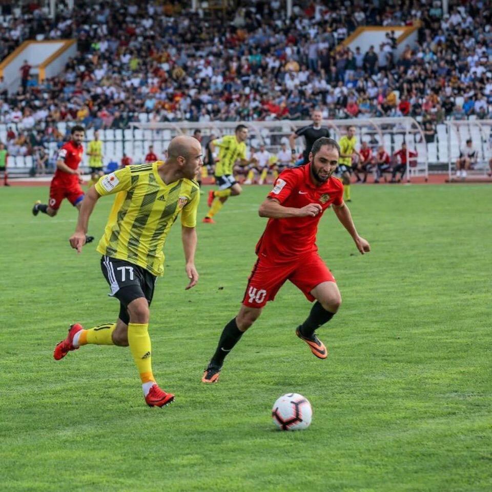 «Алания» одержала победу в выездном матче со счётом 1:3