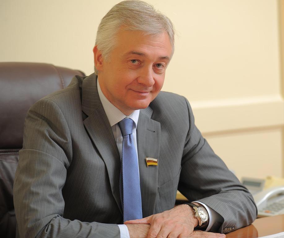 Алексей Мачнев поздравил жителей Осетии с праздником Джеоргуыба