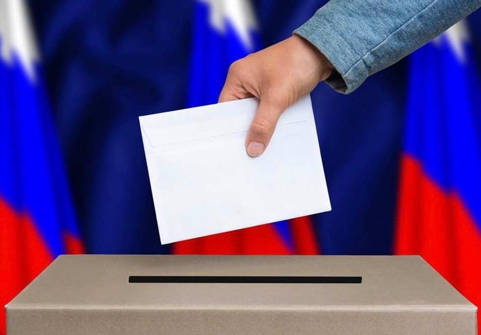 Путин перенес голосование по поправкам в Конституцию на неопределенный срок