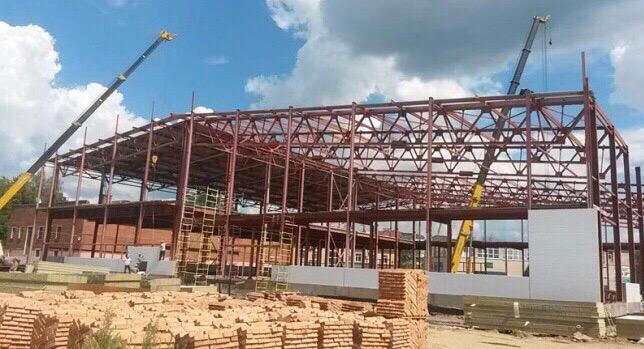 Строительство 15 спортивных объектов началось в Северной Осетии по нацпроекту