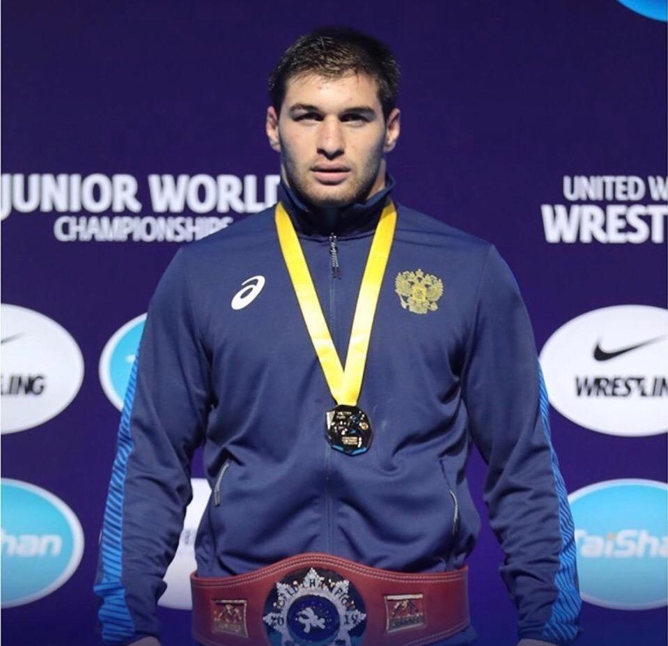 Алан Багаев выиграл первенство мира по вольной борьбе