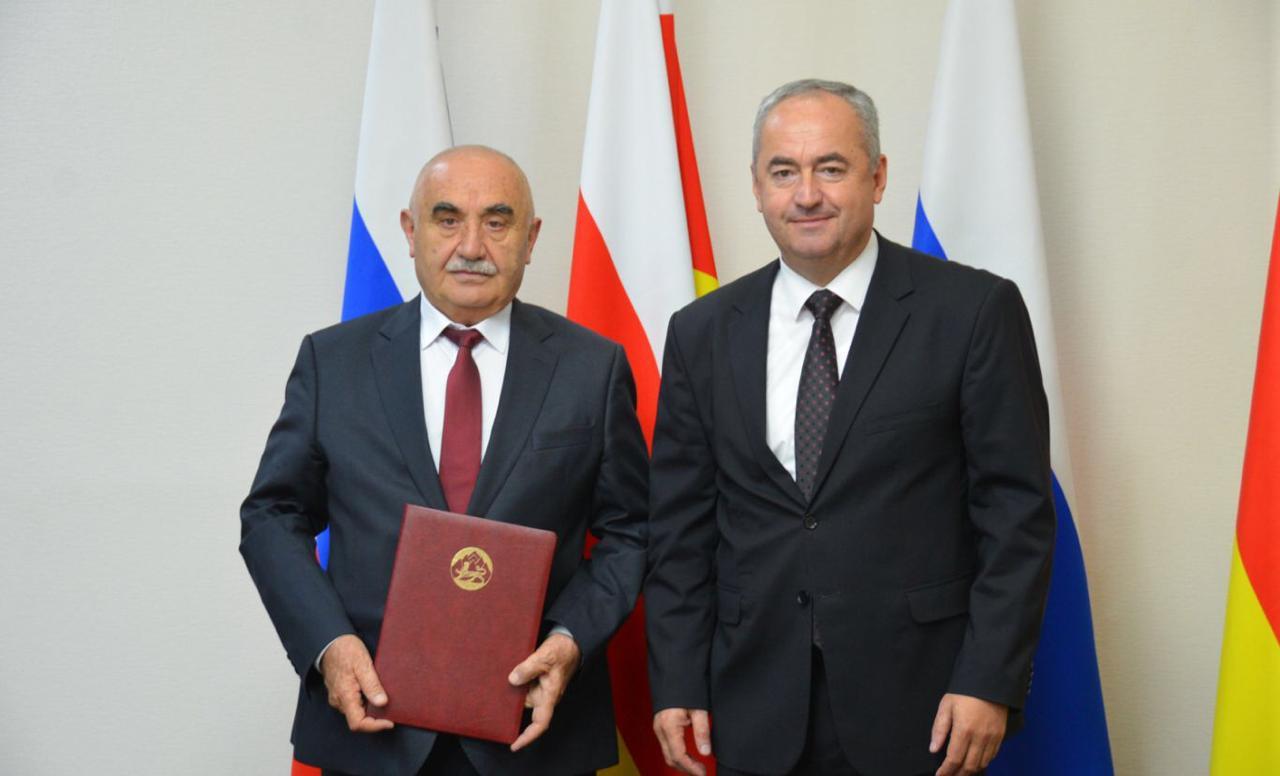 Проректору СОГМА Таймуразу Бутаеву присвоено звание «Заслуженный деятель науки Республики Северная Осетия-Алания»
