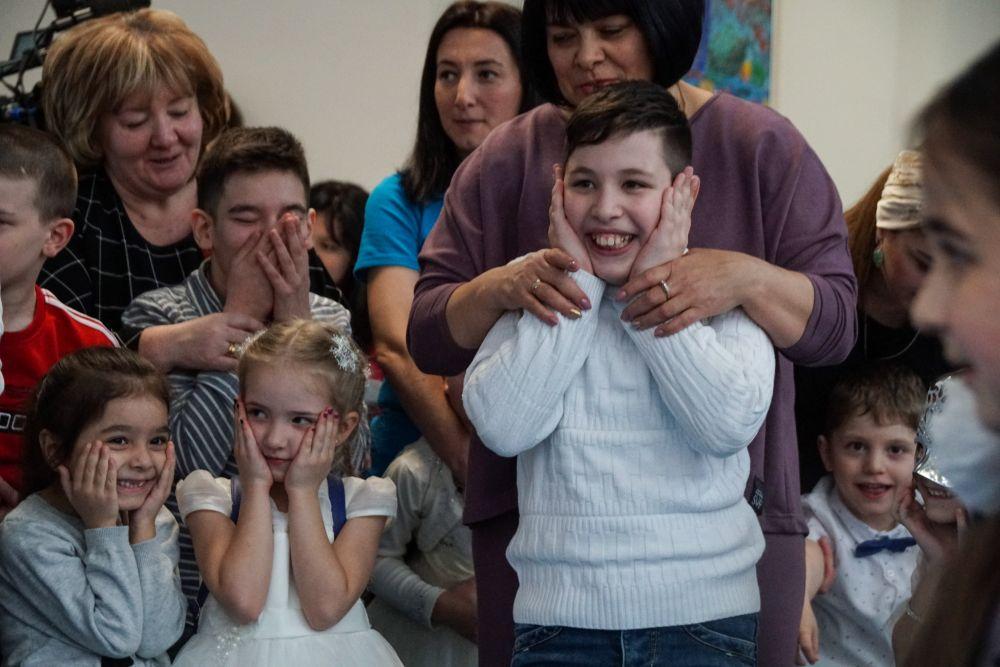 Дети с ДЦП из реабилитационного центра «ИР» попросили у Деда Мороза исполнить желания