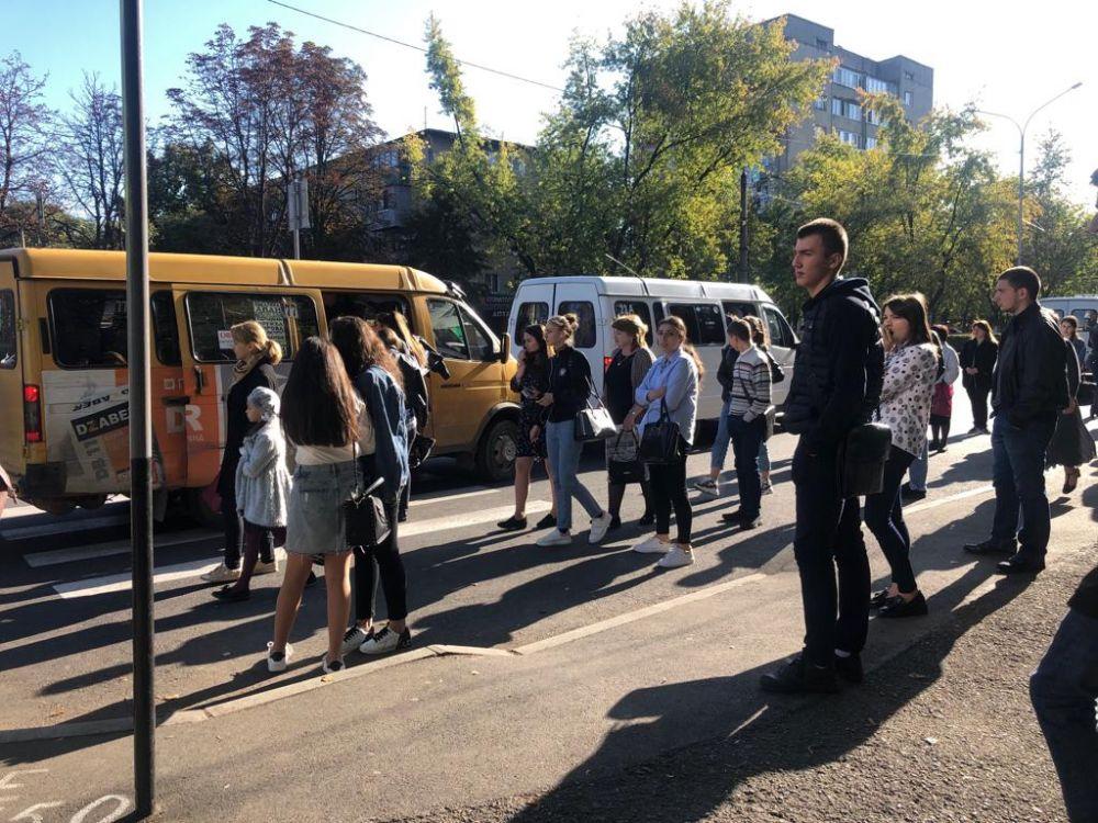 Во Владикавказе в часы пик по маршруту № 8 и 17 начали ездить дополнительные автобусы