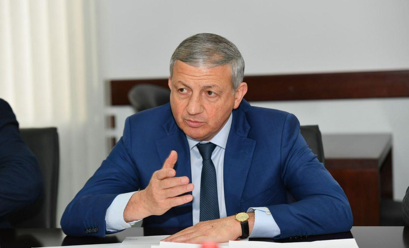 Вячеслав Битаров продлил все ограничительные меры в республике до 11 мая
