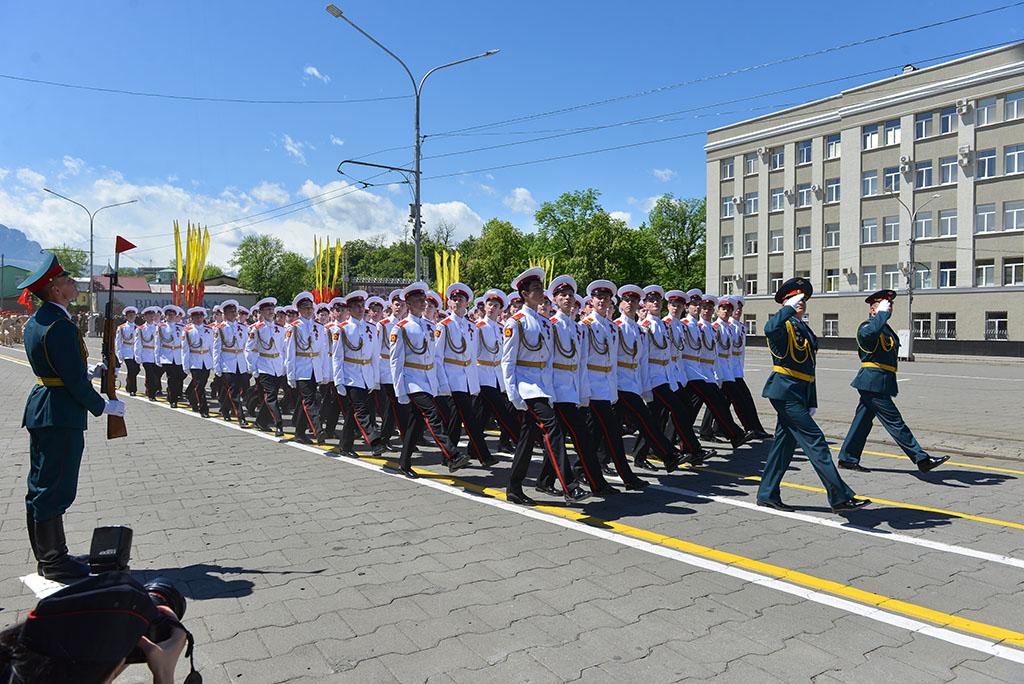 Путин подписал указ о проведении  парада Победы 24 июня и объявил его выходным днем