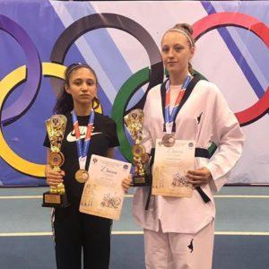 Осетинская тхэквондистка Амина Черчесова завоевала «золото» на спартакиаде учащихся России