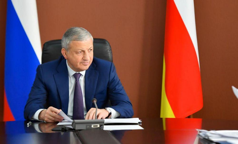Битаров доложил министру по делам Северного Кавказа, что в республике дополнительно создано  почти 300 рабочих мест