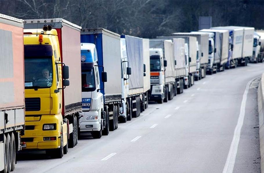 Движение большегрузов по Военно-Грузинской дороге будет ограничено из-за ремонтных работ