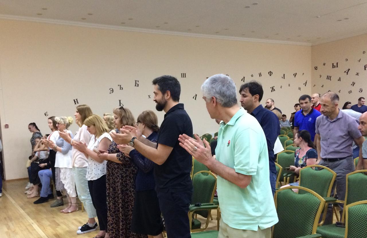 Артисту театра и кино Сергею Потапову аплодировали стоя на творческом вечере в рамках «Кинобарса»
