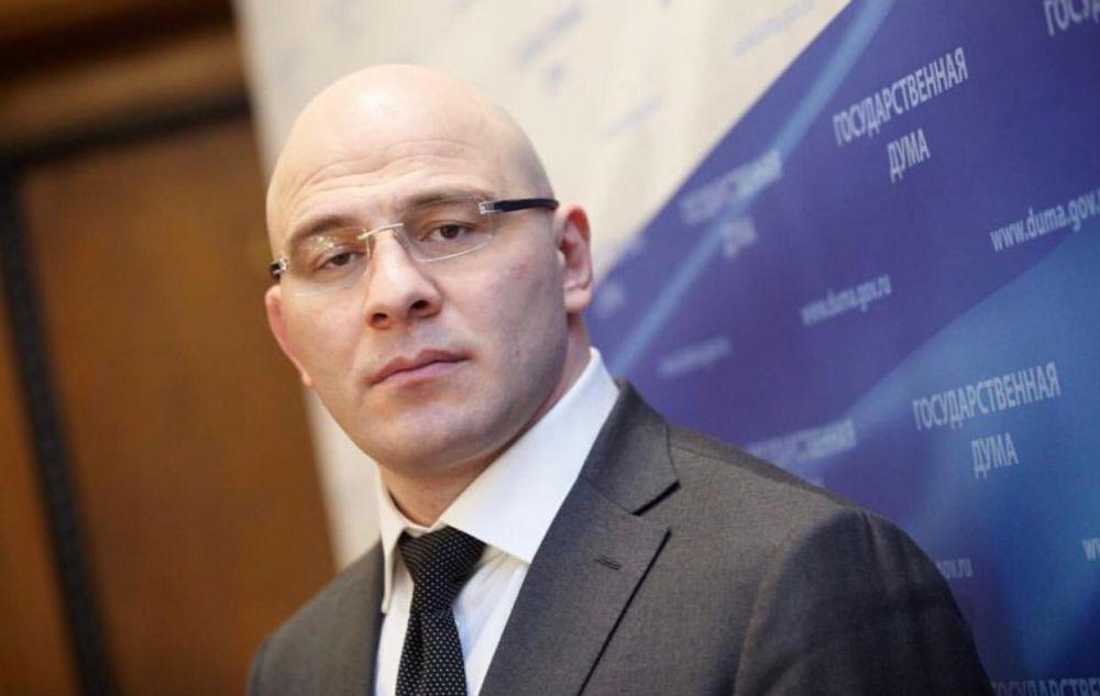 Власти Украины внесли депутата Госдумы Артура Таймазова в санкционный список