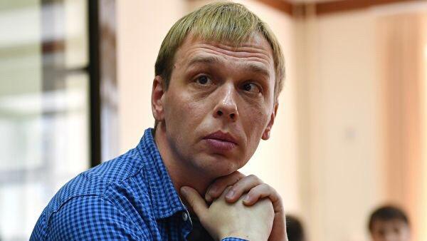 Полиция обнаружила нарушения в действиях полицейских во время расследования дела журналиста «Медузы» Ивана Голунова