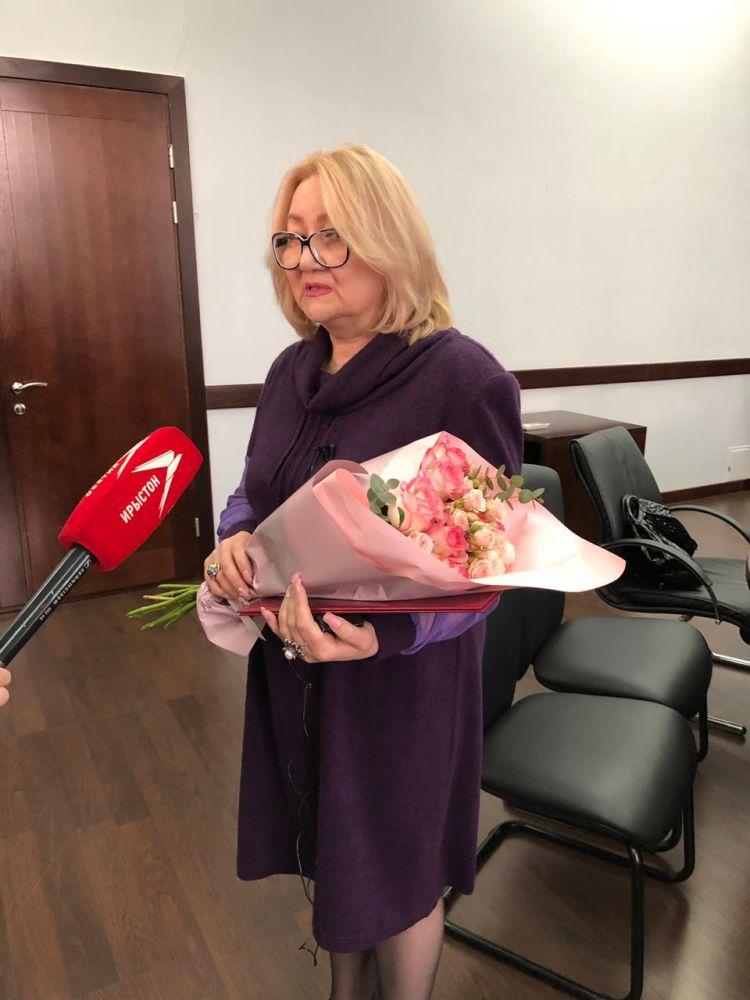 Первые 20 из 650 жилищных сертификатов вручил Вячеслав Битаров вынужденным переселенцам