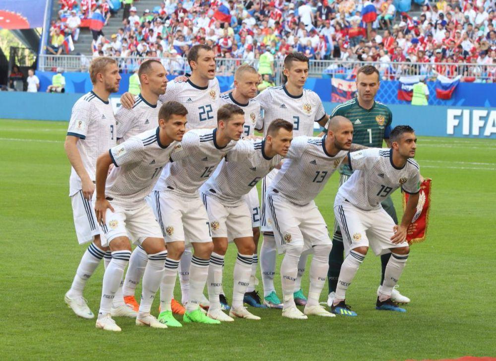 После первого тайма Россия горит 0:2