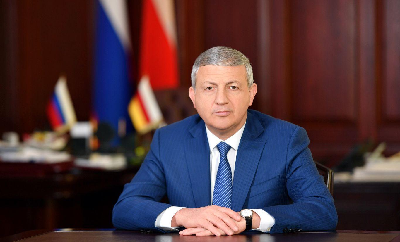 Вячеслав Битаров продлил нерабочие дни в Северной Осетии до 14 июня