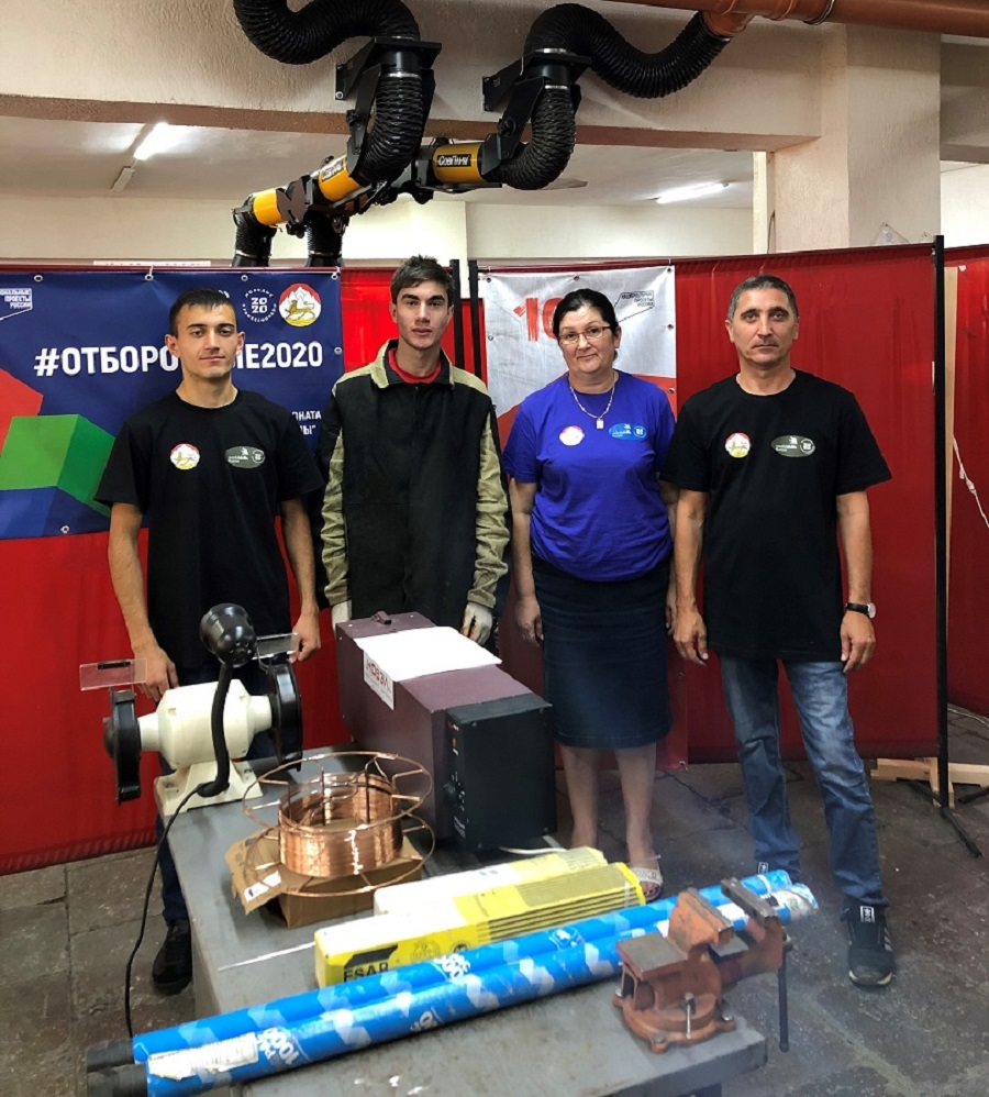 Студент из Осетии Заур Бестаев стал победителем отборочных соревнований для участия в финале WorldSkills Russia- 2020
