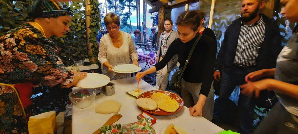 Представители Северной Осетии с пирогами победили в первом этапе фестиваля «Национальные кухни Петербурга-2020»