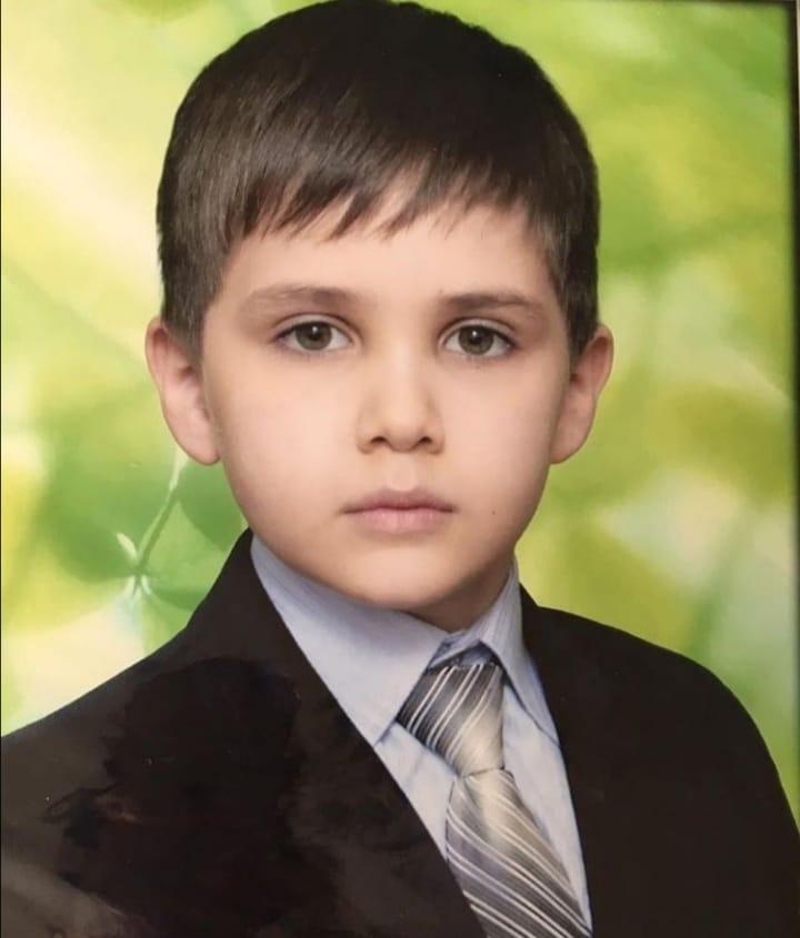 Умер девятилетний Али Беков, со счета которого мошенники украли 500 тысяч рублей